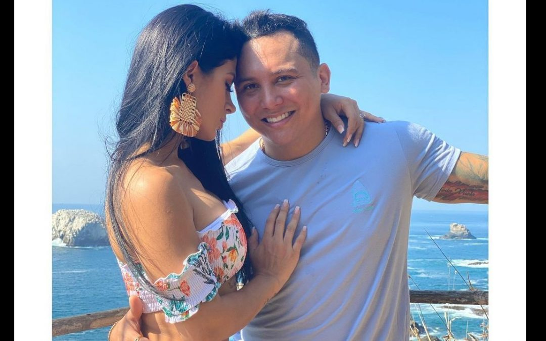 Kimberly Flores y Edwin Luna