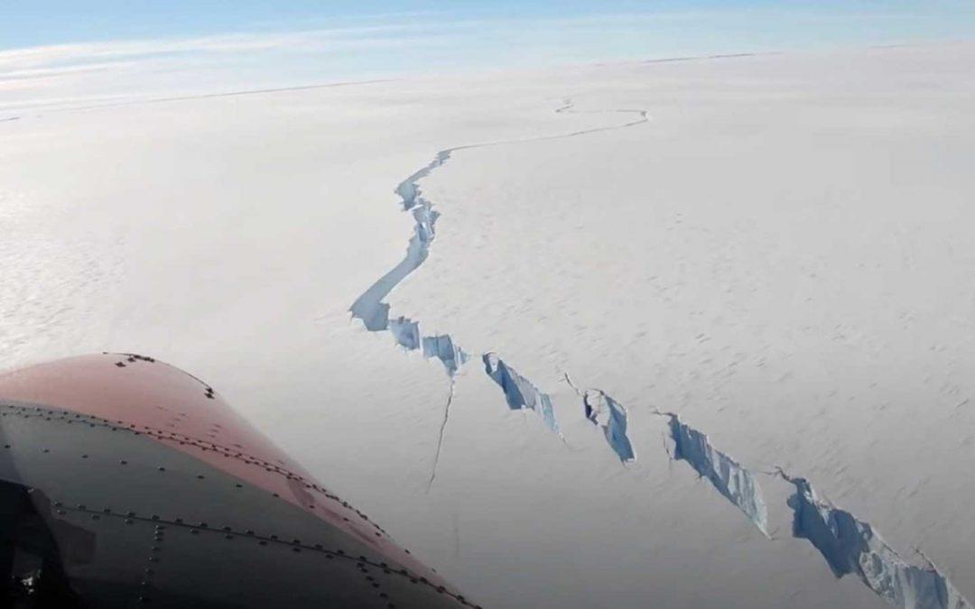 Iceberg del tamaño de CDMX se desprende de la Antartida